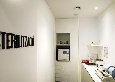 Interior design dental clinic Beatriz Rubio 02- Clinic Furniture